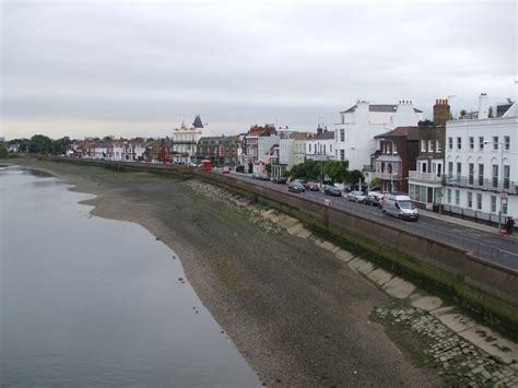 Barnes Area Guide For Renting And Living