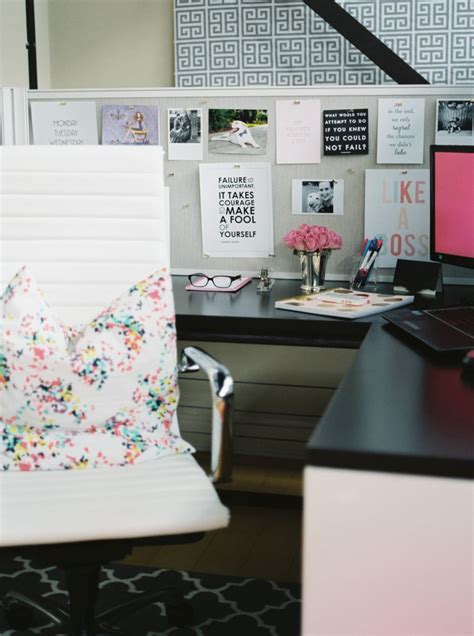 Decorating Ideas For Work Office by Boring Office Giving You The Monday Blues Here Are Some