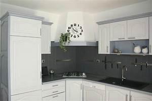 deco cuisine repeinte With idee deco cuisine avec modele de cuisine repeinte en gris