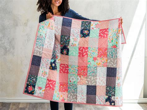 charm dreamfield quilt kit  featuring lily loom
