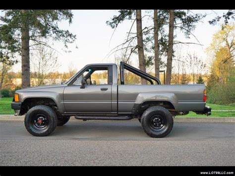 1988 Toyota Pickup Sr5 2dr 3re 5 Speed Manual Tacoma 5