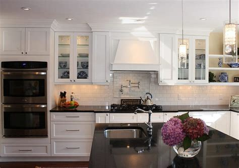 shaker kitchen cabinets shaker style kitchen cabinets