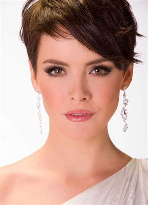 Feminine Pixie Hairstyles by 93 Best Pixie Cuts Images On Pixie Haircuts