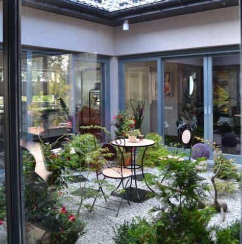5 ideas geniales para un peque 241 o patio interior pisos al