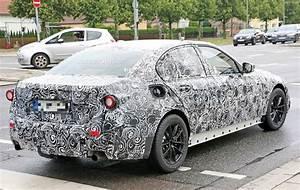 2019 BMW 3 Series (G20) Prototype Shows Massive Digital