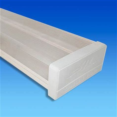 water and dust resistant fluorescent light fixture with