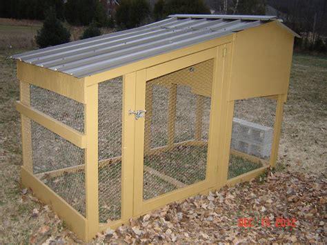 construire un poulailler grand poulailler pour 20 poules poulailler