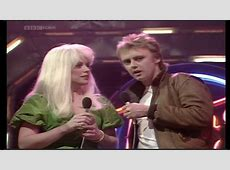 Roger Taylor and Debbie Harry may 27th 1982 YouTube
