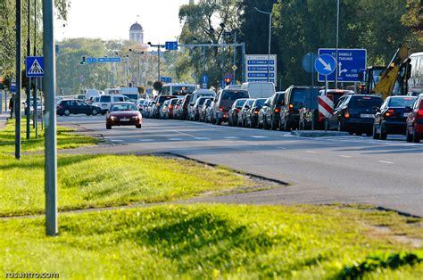 Sastrēgums, kā samaksa par labākiem dzīves apstākļiem