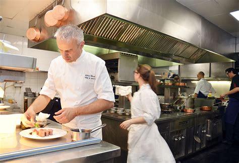 cuisine a la maison resto maison blanche amazing la ferme des chemins