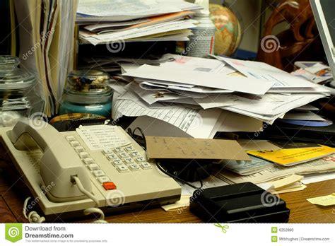 bureau stock slordig bureau stock foto afbeelding 6252880