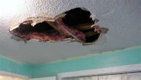 repair  hole   ceiling drywall