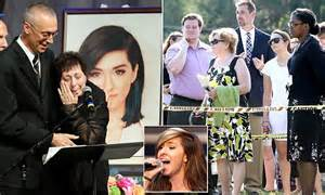 Christina Grimmie's Funeral Services Sees Hundreds In Line