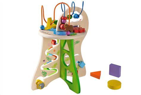 table d eveil en bois table d activit 233 en bois pour enfant safari everearth d 232 s 18 mois