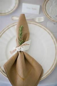 Serviette De Table En Tissu : comment r aliser un pliage de serviette id es originales ~ Teatrodelosmanantiales.com Idées de Décoration