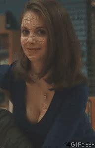 Pulls Alison Brie Find Share On Giphy