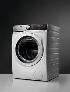 Machine À Sécher Le Linge : aeg machine a laver 9kg 1600 l7fee96w lave linge laver s cher m nage exellent ~ Melissatoandfro.com Idées de Décoration
