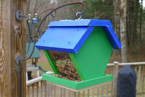 bird feeder plans  cub scouts plans diy