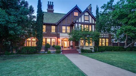 what style house do i see inside this stunning 89 year tudor style home