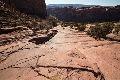 moab rim trail hiking