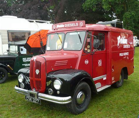 Trojan Van, Abergavenny Steam Rally.jpg