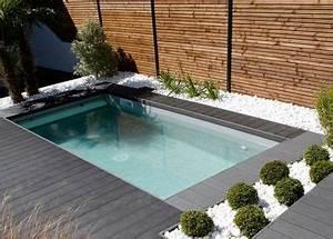 Mini Pool Terrasse : mod le mini piscine caron avec escalier angle banquette ~ Michelbontemps.com Haus und Dekorationen