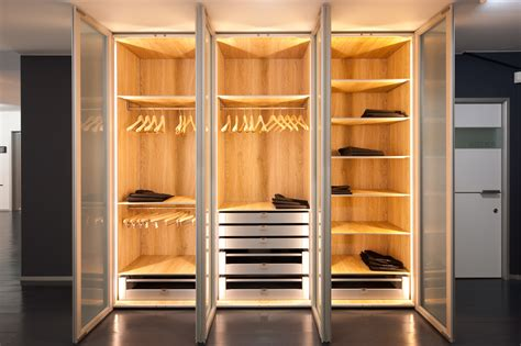 image of armoire moderne dressing kasten toonzaal massenhoven dress a way