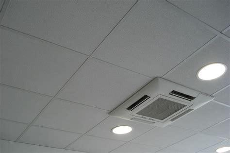faux plafond bureau faux plafond de bureau en dalles avec ou sans isolation