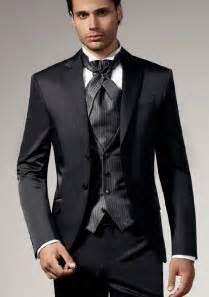 mens tuxedos for weddings mens wedding tuxedos wedding and bridal inspiration