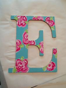 12 best lilly pulitzer images on pinterest lilly With lilly pulitzer wooden letters