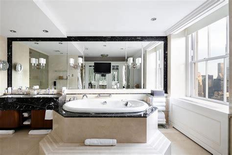 mood  splurge      decadent suites