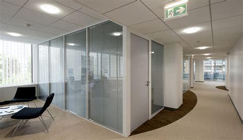 cloison aluminium bureau atypik installateur de cloison amovible et démontable
