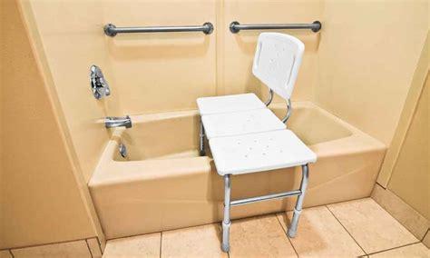 siege pour baignoire handicape 28 images comment