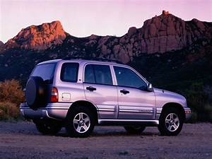 2002 Chevrolet Tracker Suv Specifications  Pictures  Prices