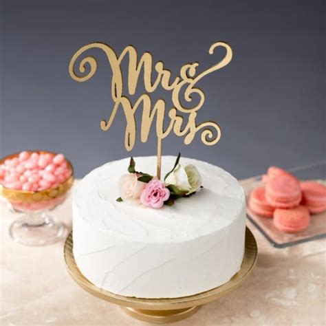 mr and mrs cake topper wedding cake topper daydream