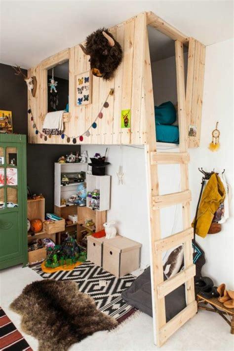 lit cabane votre enfant part à l 39 aventure dans sa chambre
