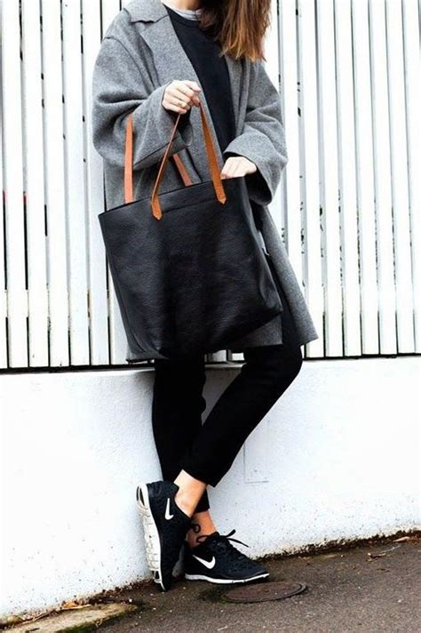 19 Ways To Wear A Tote Bag 2018 | FashionGum.com