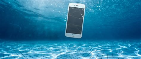 dropped my iphone in water what to do when you ve dropped your iphone in water
