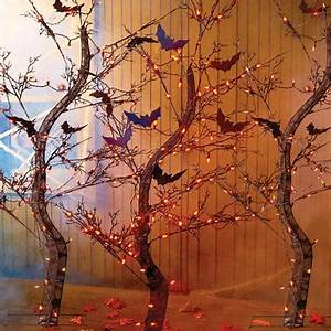 Light Up Halloween Tree with Bats Rental Prop – Dapper