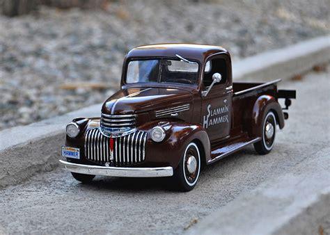1941 Chevy Pickup 2 'n 1 Plastic Model Truck Kit In 125
