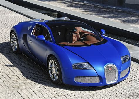 Bugatti has made some of the most coveted cars in history. Bugatti Veyron 16.4 Grand Sport | Top expensive car