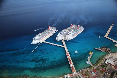 Carnival Corporation adds third berth to Cozumel pier ...