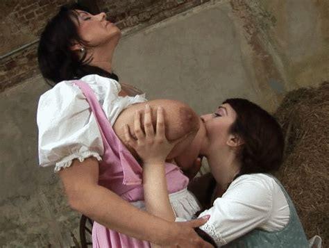 11barn22f Porn Pic From Titsucking Breastfeeding