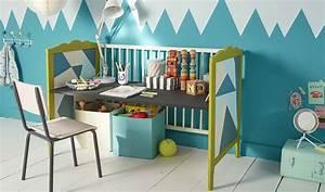 Lit Bureau Enfant : tutoriel chambre d 39 enfant transformer un lit de b b en petit bureau ~ Teatrodelosmanantiales.com Idées de Décoration