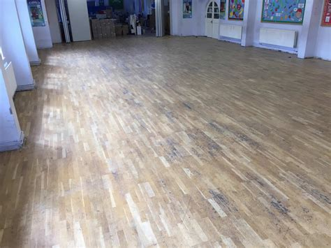 thornton primary school parquet flooring