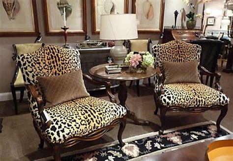 confident      cooler leopard