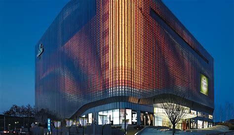 led fasader och arkitekturbelysning zumtobel