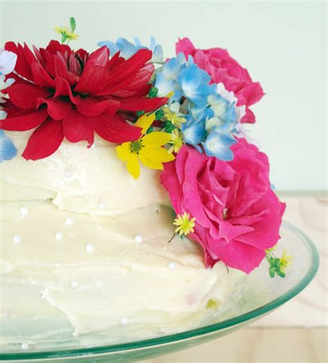 Cakes Decorated With Fresh Flowers by Flowers Cake Decorating Trendy Mods