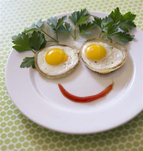 caille cuisine oignons grillés farcis à l œuf de caille les meilleures