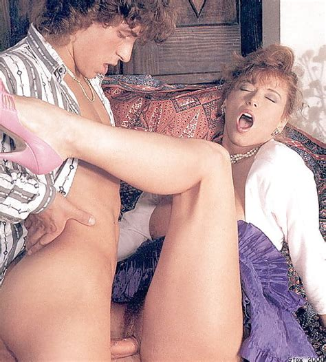 Classic 80s Porn Star Tracey Adams Zdjęć 77